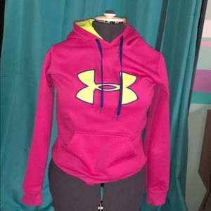 Under Armor Semi-Fitted Pullover Hoodie